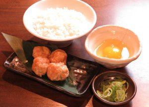 新宿の居酒屋「とりいちず」で〆まで美味しいこだわりの水炊きを堪能!