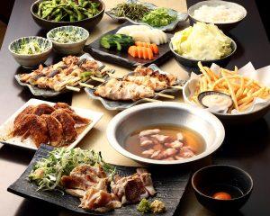 とりいちず酒場 西武新宿駅前店の鶏料理を満喫できる〈食べ放題×飲み放題コース〉