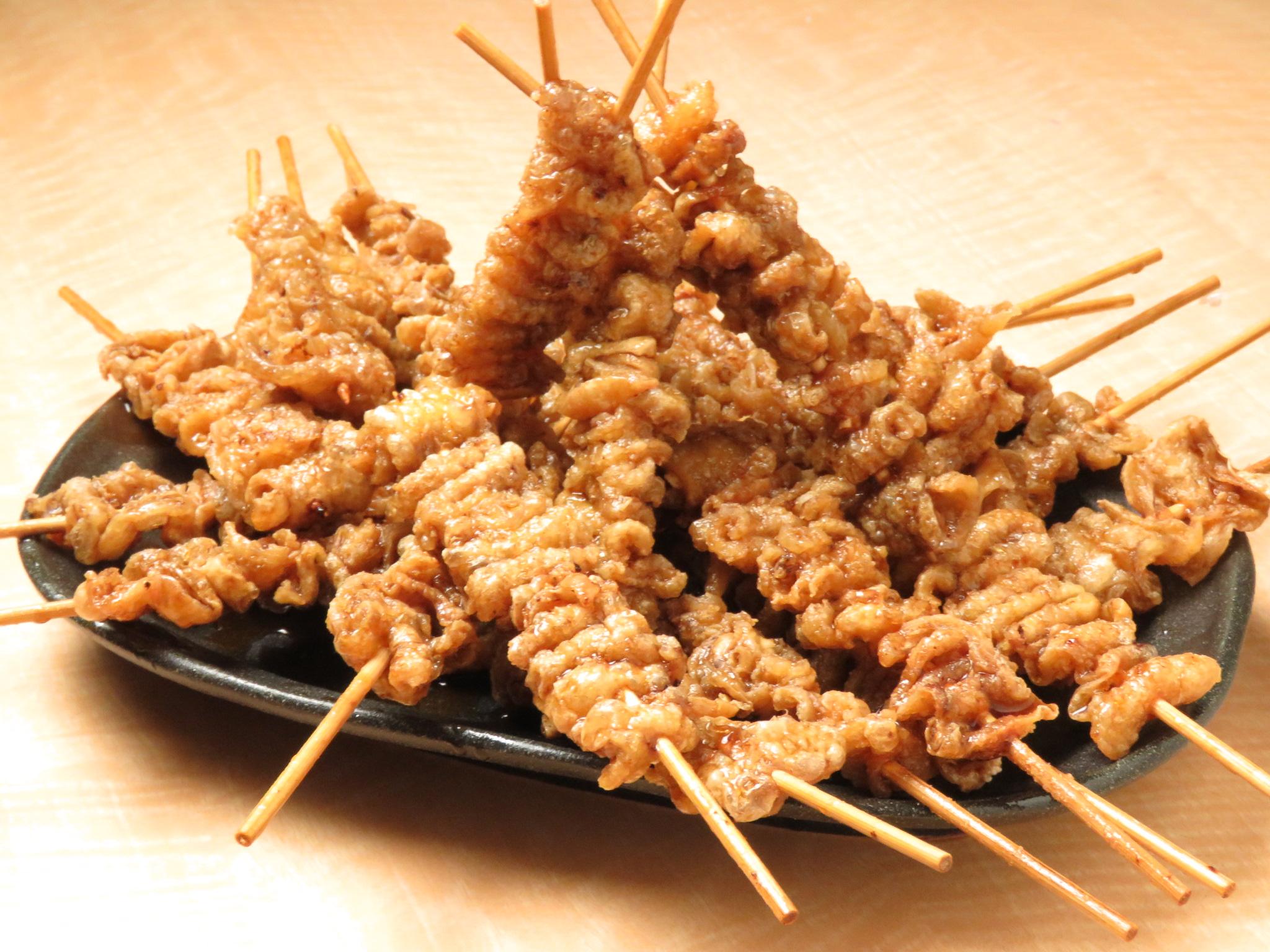 新宿の鶏料理専門店[とりいちず]の絶品とり皮
